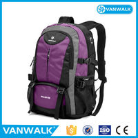 Customized different style and capacity fashion school backpacks for university students