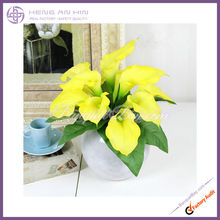 Hot simulation flowers PU callasThe bride holding flowers artificial flowers