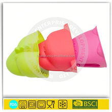 funny animal shape silicone pig oven mitts