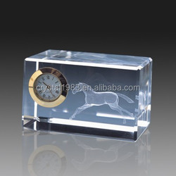 Factory direct customizedc 3d cube clock wedding gifts crystal glass horse figurines
