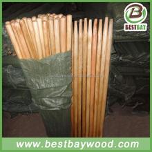 Varnish painted wooden rake handle made in China