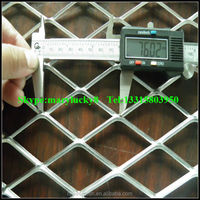 Diamond wire mesh expanded metal fence