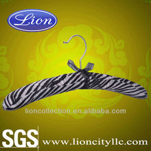 LEC-S5023 Satin paded house hold cloth hanger with high quality