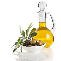Excellent Quality Bay Leaf Oil Price Latest Products in Market