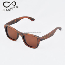 fashionable handcrafted wooden sun glasses with polarized lens and custom logo