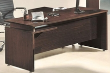 modern 5 feet long executive table/manager table/office furniture with Wooden Top