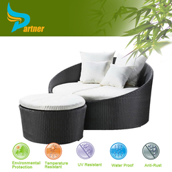 Top Sell Cheap Round Rattan Outdoor Bed- Beach Sunbed Sofa Bed Resin Outdoor Patio Furniture