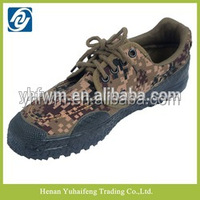 Rubber soles for anti fracture lace-up desert camouflage shoes