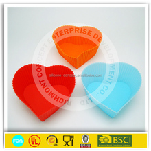 Personalized high quality silicone heart cupcake molds