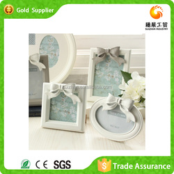 China Wholesale Free Sexy Photo Frame Classical Wood Picture Frame Custom Made Picture Frame