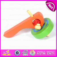 New Funny Promotional Classic Toys Wooden Spinning Top Toy for Children W01B018
