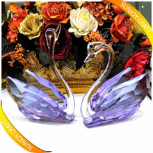 Colorful Top Grade Optic Crystal Swan Figurine for Wedding Souvenirs Wedding Door Gift
