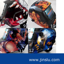 High quality welding helmet with auto darkening skull design
