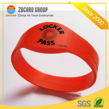 OEM RFID Membership Smart Card Silicone Wristband