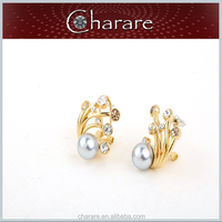 China supplier high quality gold pearl stud earrings