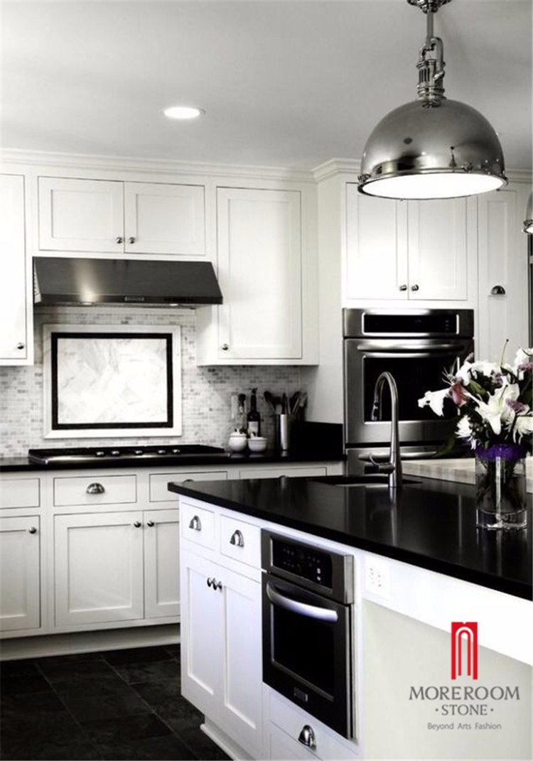 pure black quartz stone countertop (2).jpg