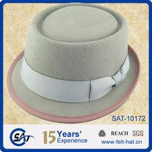 Sombreros de copa baja de lana en colores claros para mujer