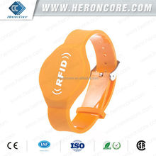 Soft PVC TK4100 RFID Wristband with QR code serial number