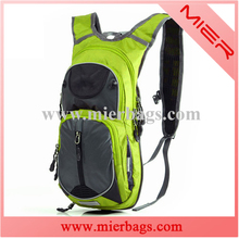 2015 new sports backpack caming hydration pack with 2L water free bladder bag