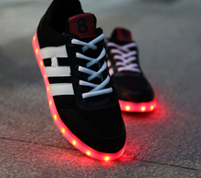 best quality hot sell black LED shoes with flash light for men, made in china brand LED light shoes casual sneakers price cheap