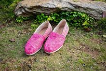 2016 mujeres <span class=keywords><strong>los</strong></span> <span class=keywords><strong>zapatos</strong></span> <span class=keywords><strong>de</strong></span> lona Crochet mujeres <span class=keywords><strong>de</strong></span> <span class=keywords><strong>zapatos</strong></span>