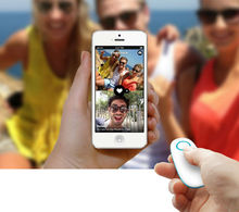 New product 2014 bluetooth remote camera for group shots, portable mini bluetooth remote control self timer for IOS and ANDROID