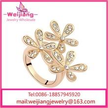 G212 anillos cristalinos de piedra triángulo de piedra anillo de cristal anillo de la mariquita