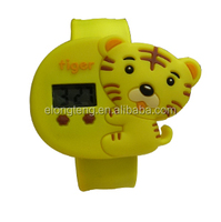 2014 hot selling customized cheap promotion cartoon silicone wrist watches/fashion silicone cartoon watch