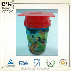 Customized lenticualr plasic cartoon 3D PP flipping CUP with red square shape Dr. cap lid
