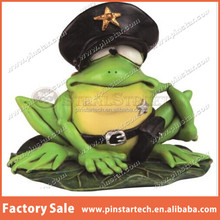China Wholesale Green Frog on A Lilly Pad Figurine Metal Lapel Pin Badge