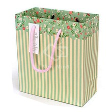 2015 luxury laminationed gift bags, cotton handle green stripe shopping paper bags