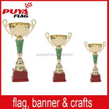 Novo design copo do troféu manufatura profissional do metal copo do troféu barato plastic troféu