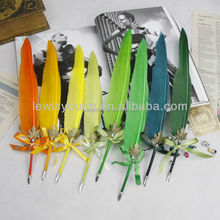 Magic quill feather dip pen