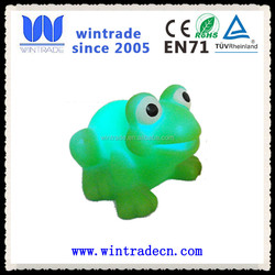 floating and flashing green frog bath toy for kids