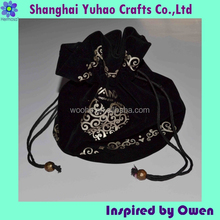 Black velvet bag for daily use Fancy Luxurious hand bag with drawstring and logo