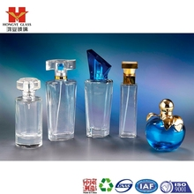 Luxury Packaging transparent white color empty cosmetic perfume fragrance glass bottle with pump apple