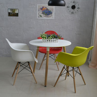 Wholesale cheap small plastic chair and round table