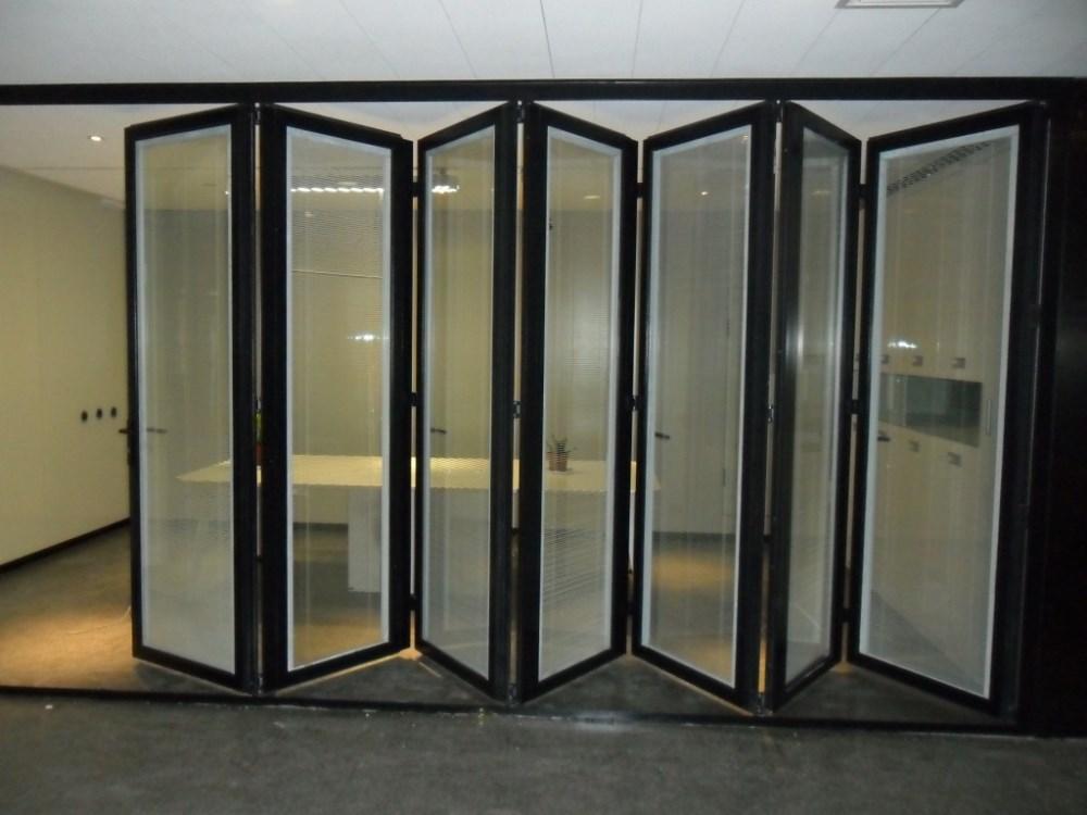 pas cher en aluminium ext rieur verre accord on portes pliantes pour balcon portes id de produit. Black Bedroom Furniture Sets. Home Design Ideas