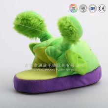 Wholesale newly design custom indoor use anti-skid animal shaped plush slippers