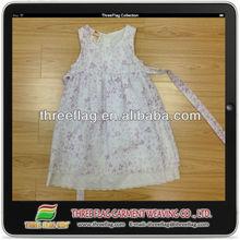 Las niñas vestidos de princesas, las chicas de moda los vestidos, niña vestido de flores