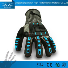 QL impact resistant gloves with TPR protection high protective gloves