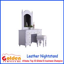 alibaba caliente de la venta de oro de foshan muebles moderno aparador con <span class=keywords><strong>silla</strong></span>