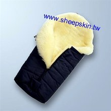 Baby sheepskin sleeping bag