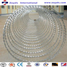 2015 good quality 3d curved razor barbed wire