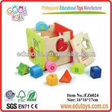 forma de la caja de juguetes en edad preescolar