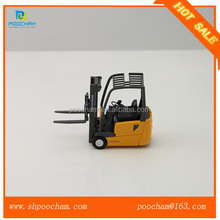 Cheap price scale diecast forklift truck model toys