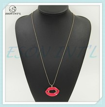 2015 New Designed Gold Thin Chain Simple Rose Red Lady Lip Pendant Necklace