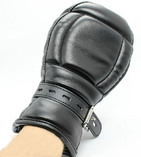 Locking Goth Padded Mittens Gloves Dog Paw Palm Leather Bondage Restraints Sex Toys For Couple Sex Products