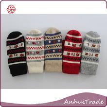 70% Lamb wool 20% Angora 10% Nylon No.D280B lady fingerless winter glove