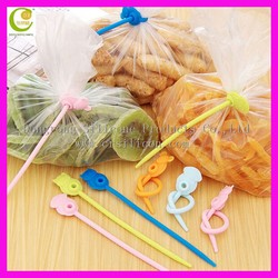 Manufacturers selling environmental protection silicone plastic bags sealing clip food bag microwave silicone fresh seal clip